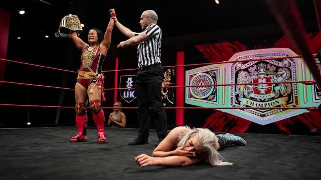 画像: 里村明衣子がスティービーを撃破して2度目のNXT UK女子王座防衛に成功【WWE NXT UK】