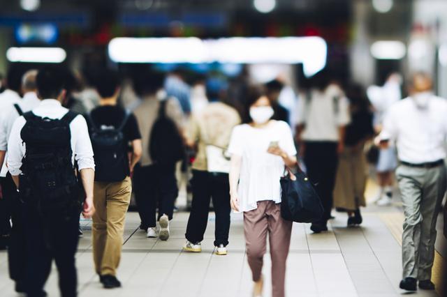画像: 東京都、23日の新規陽性者は2447人、重症者数は272人に