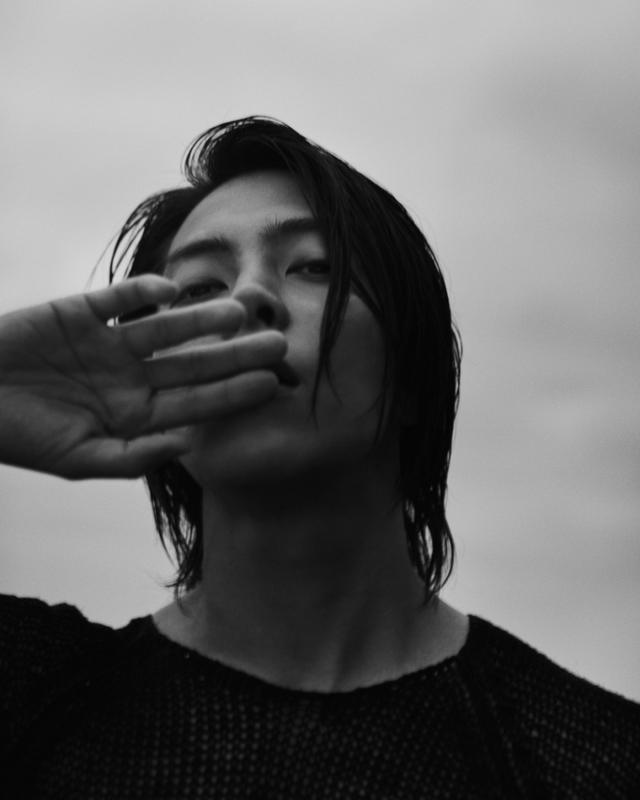 画像: 山下智久が初めての写真集に挑戦「皆さんの思い出に少しでも残れますように」