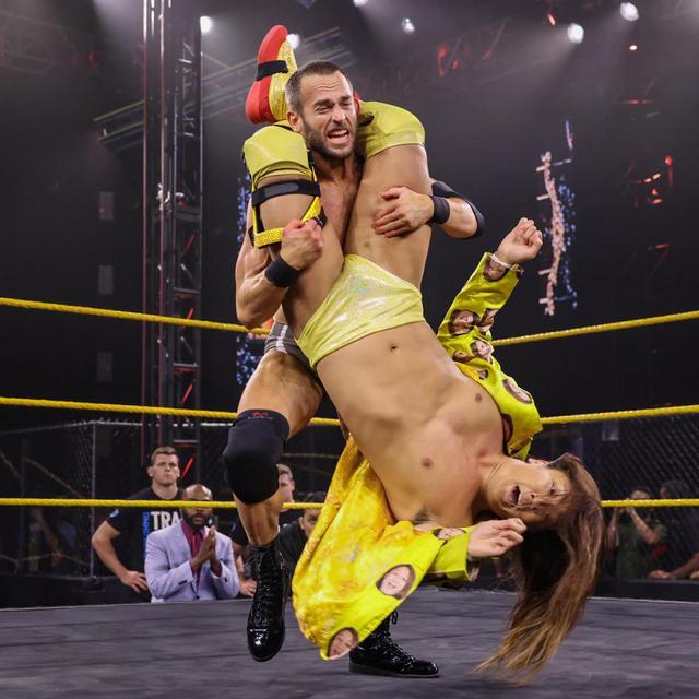 画像: イケメン二郎がストロングのオープンチャレンジに名乗りも無念の敗戦【WWE NXT】