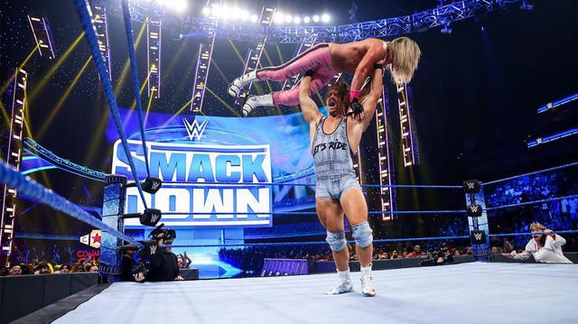 画像: 中邑真輔がリック・ブーグスの初シングル戦勝利に歓喜【WWE】
