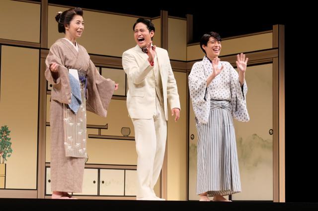 画像: 桐山照史「こんなセクシーなことあります?」稽古中に松島聡からのセクシーローズのプレゼント!舞台『赤シャツ』が開幕