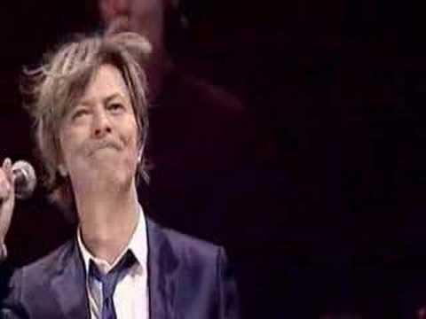 画像: David Bowie - Heroes (live) www.youtube.com