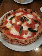 画像2: お昼を優雅にするピザランチのすすめ