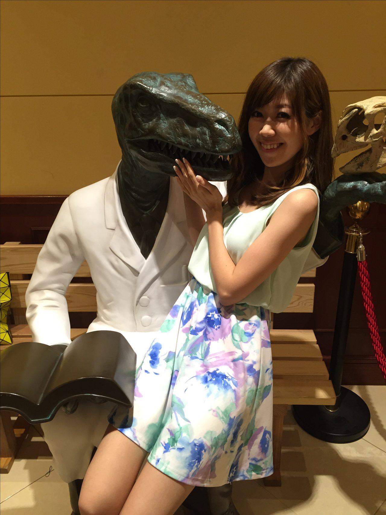 画像: 恐竜博士と生田晴香