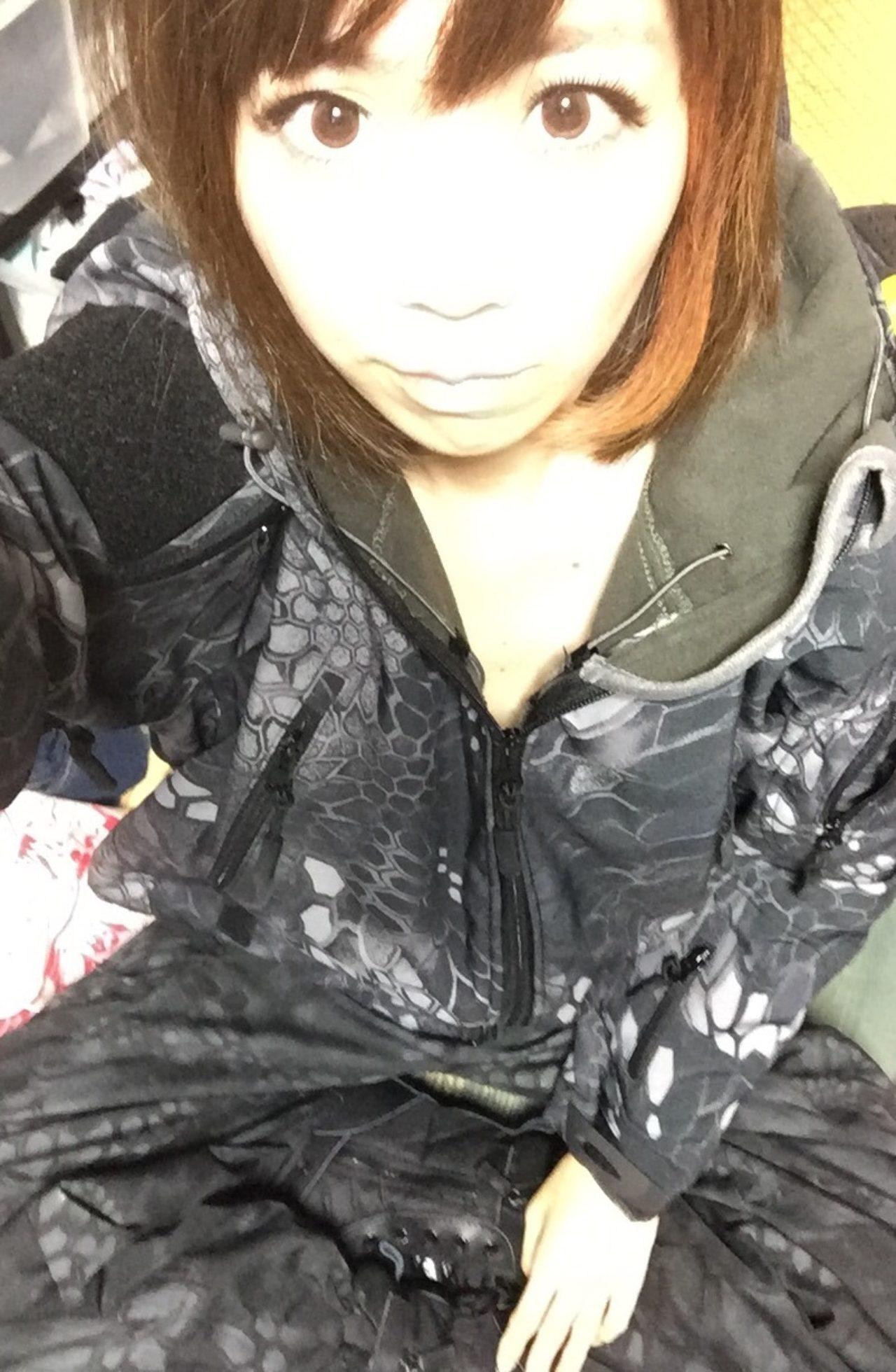 画像: この格好でサバゲーやってます、生田晴香です。