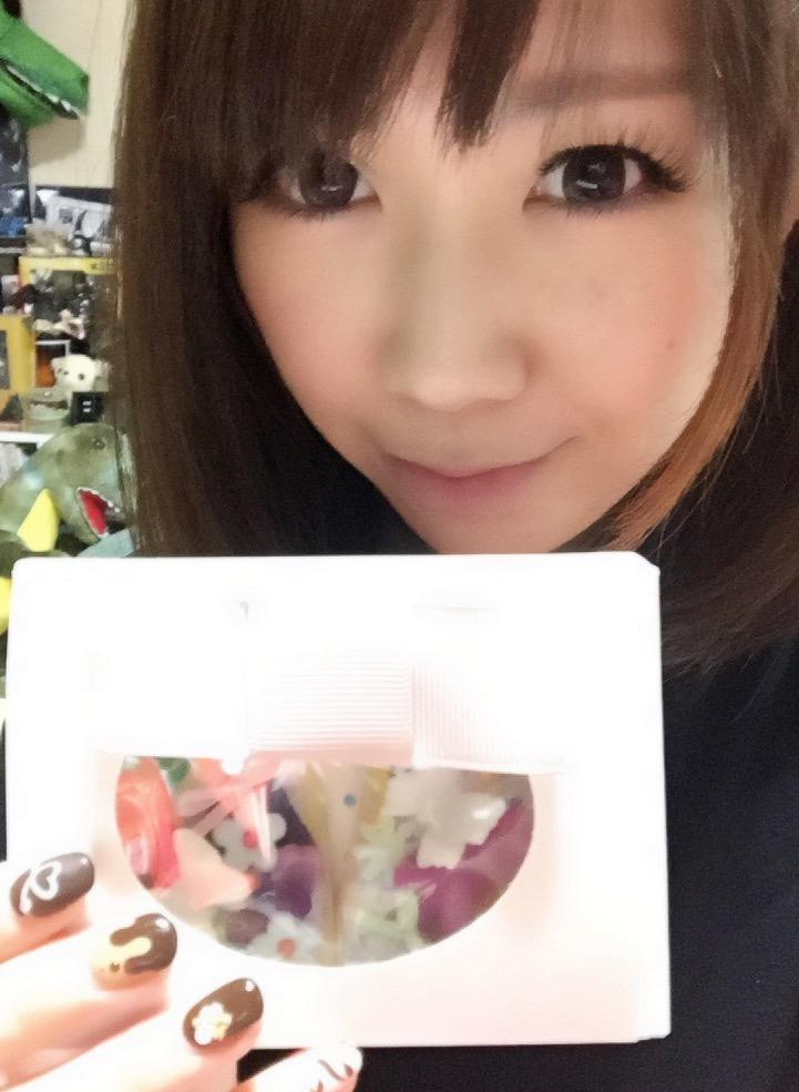 画像: バレンタインに花アイシングクッキーを作りました、生田晴香です。