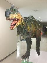 画像: カルノタウルス。亀井さんの作品。