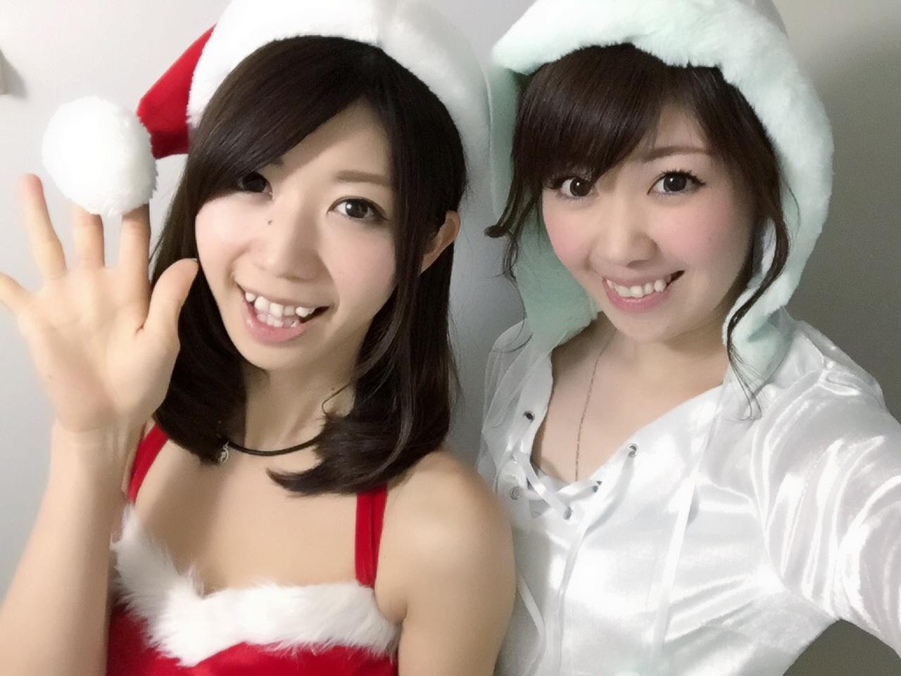 画像: サンタコスプレをする妹とゆきんこ生田晴香