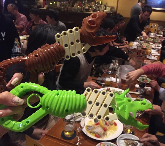 画像2: 恐竜仲間というものはいいものだ