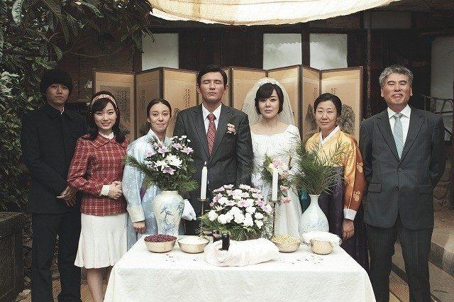 画像1: 東方神起ユンホ本格映画デビュー作「国際市場で逢いましょう」5月16日公開決定!
