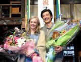 画像: 最高の笑顔!NHK連続テレビ小説「マッサン」のスタジオでの最後の収録が2月19日終了 フォックスさん大粒の涙
