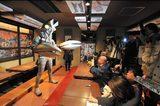 画像1: 怪獣酒場、3月末で閉店!?店長バルタン星人は地球から「一時撤退」と発表!!!