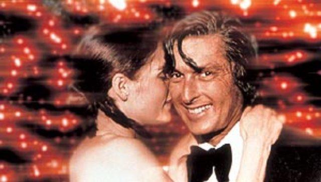 画像2: 映画『それでも夜は明ける』でアカデミー賞助演女優賞の、ルピタ・ニョンゴの、盗まれたオスカードレス、偽の真珠と知った犯人がハリウッドの嘘つきと逆ギレ