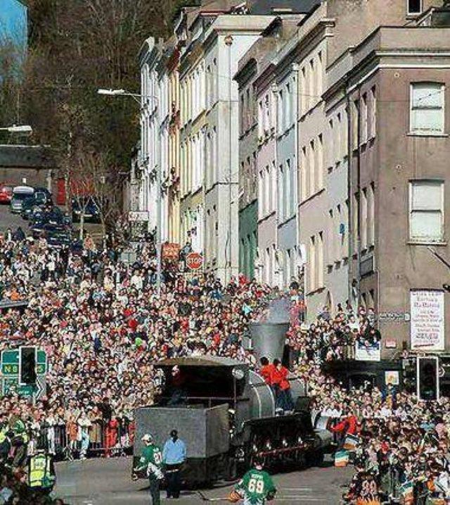 画像: ・写真は聖パトリック・デイのパレード(ダブリン)。wikiより。