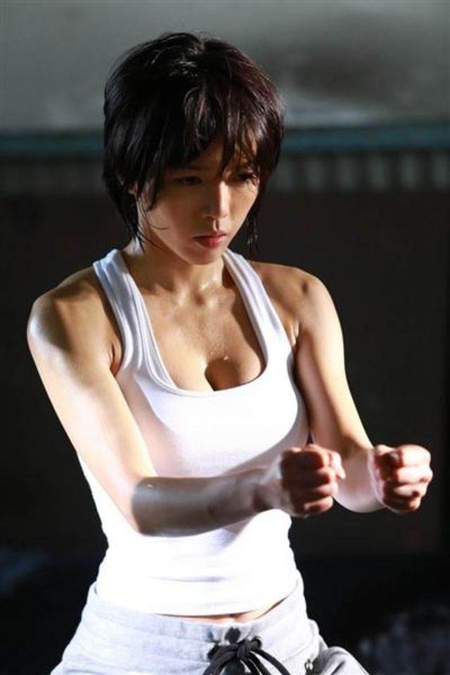 画像2: 標的は殺しのプロ 孤高の女暗殺者―。釈由美子が挑む本格アクション映画、誕生。