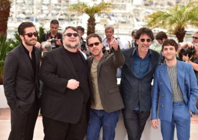 画像: 左からジェイク・ギレンホール、ギレルモ・デル・トロ、イーサン・コーエン、ジョエル・コーエン、グザヴィエ・ドラン http://www.cinematoday.jp/page/N0073178