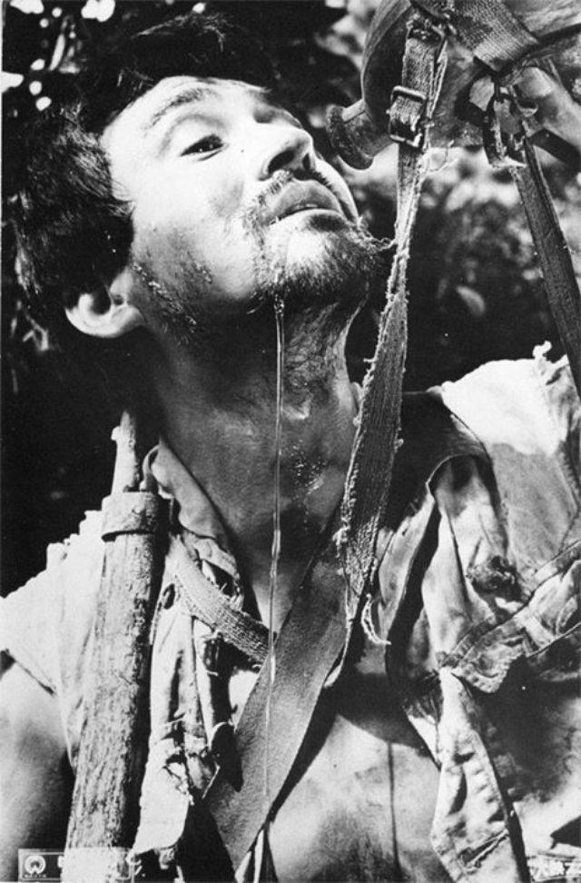 画像: 市川崑監督『野火』(1959) #ミニシアター http://www.bunpaku.or.jp/exhi_film.html