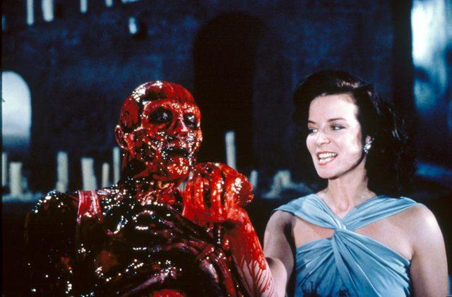 画像: 『ヘル・レイザー』 神秘のパズルボックスが誘う鮮血の異次元地獄 スプラッター・ホラーの歴史を塗り替えた伝説の衝撃作
