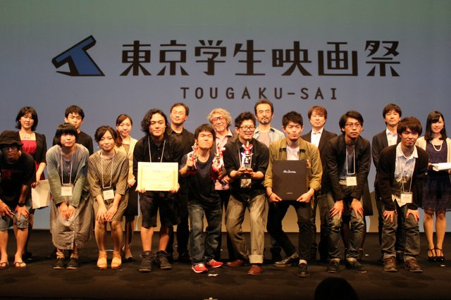 画像: 受賞者、候補者、審査員を交えて