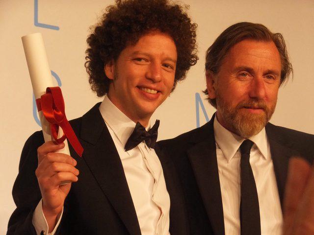 画像: 脚本賞マイケル・フランコ『クロニクル』。主演のティム・ロスはフランコ監督がある視点賞をとった時の審査員。