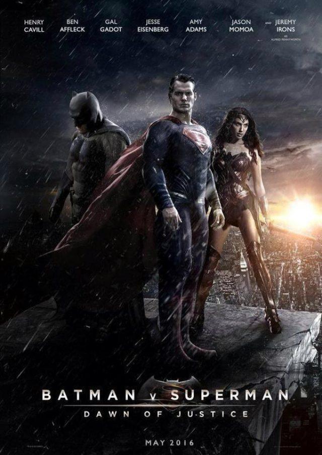画像: 『Batman v Superman: Dawn of Justice』の邦題は 『バットマン vs スーパーマン ジャスティスの誕生』 2016年3月に日本で公開されることが決定した。