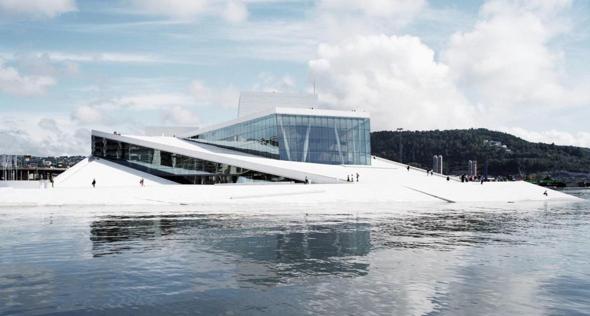 画像: オスロ新国立オペラハウス snohetta.com
