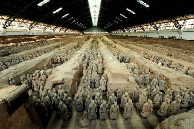 画像: 1号兵馬俑坑(中国・陝西省)、秦始皇帝陵博物院蔵 ©Shaanxi Provincial Cultural Relics Bureau & Shaanxi Cultural Heritage Promotion Center
