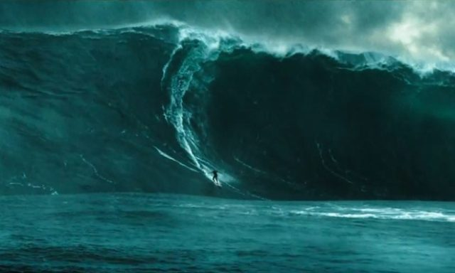 画像: http://www.theguardian.com/film/2015/may/27/point-break-remake-trailer-fans-reach-breaking-point-over