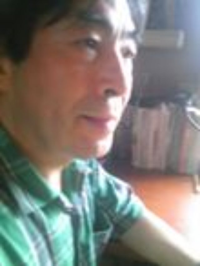 画像: 1947年岩手県生まれ。東京大学教養学科卒。 文芸評論家。2011年『小林秀雄の昭和』(思潮社)で、第二回鮎川信夫賞受賞。 その他の著書に『夏目漱石論序説』(国文社)『吉本隆明論考』(思潮社)『家族という経験』(思潮社)『クリティカル・メモリ』(砂子屋書房)『思考を鍛える論文入門』(ちくま新書)『読む力・考える力のレッスン』(東京書籍)『二十一世紀の戦争』(思潮社)『希望のエートス 3 ・11以後』(思潮社)など多数。