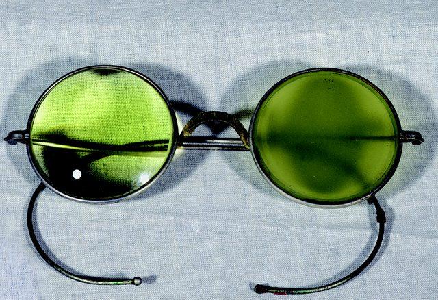 画像: クロード・モネの眼鏡  Musée Marmottan Monet, Paris © Bridgeman-Giraudon