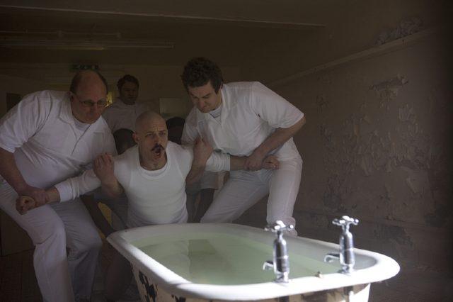 画像2: ノリにのっているトム・ハーディ主演×『ドライヴ』のニコラス・ウィンディング・レフン監督『ブロンソン』が500円均一で一週間限定上映決定!