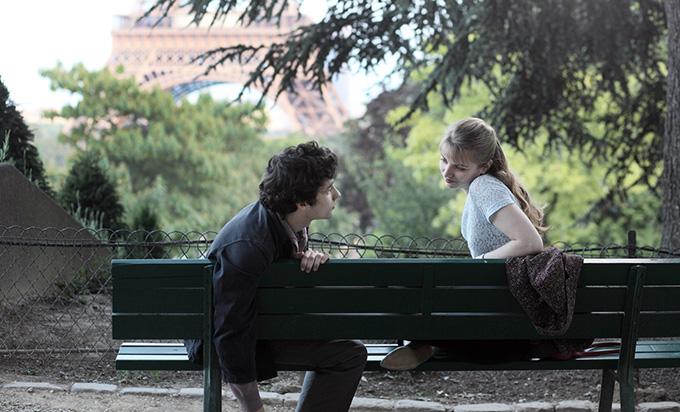 画像: 『そして僕は恋をする』から20年、フランスの名匠アルノー・デプレシャン監督が贈る、『あの頃エッフェル塔の下で』公開へ!