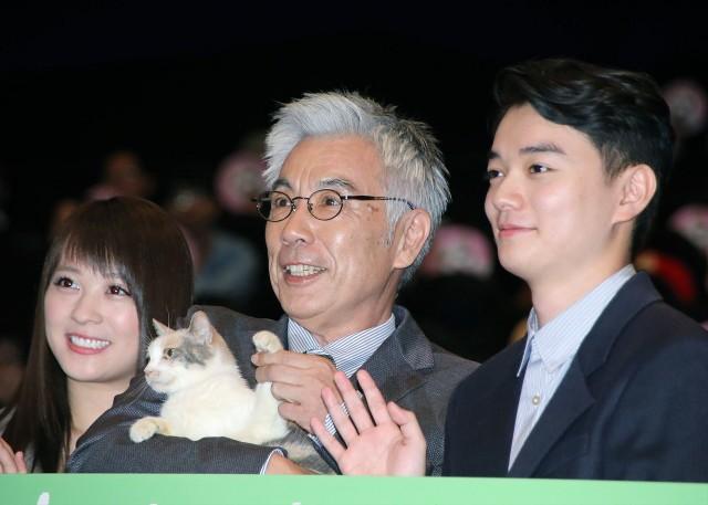 画像: シネマトゥデイ - 染谷将太&北乃きい、おっとり女優猫にメロメロ