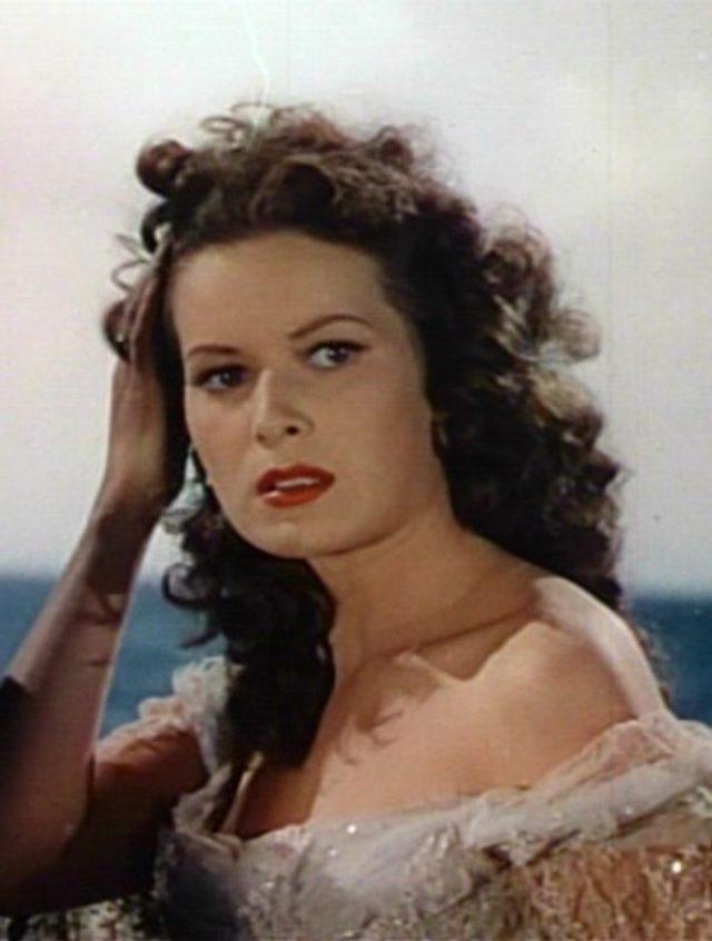 画像: モーリン・オハラ 『海の征服者』(1942年)より wikipedia