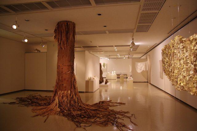 画像2: 「紙、やどる形」会場風景 photo(C)mori hidenobu -cinefil art review