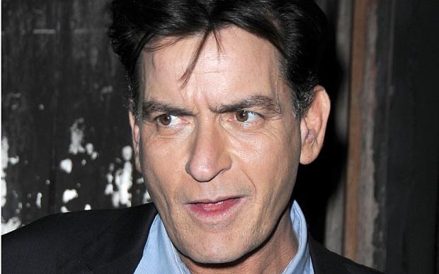 画像: http://www.telegraph.co.uk/news/celebritynews/11999471/Charlie-Sheen-to-make-revealing-personal-announcement.html