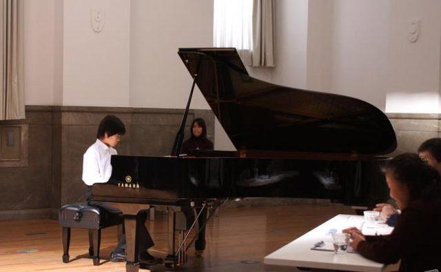 画像1: http://www.tasteofcinema.com/2015/the-12-best-contemporary-japanese-family-dramas/