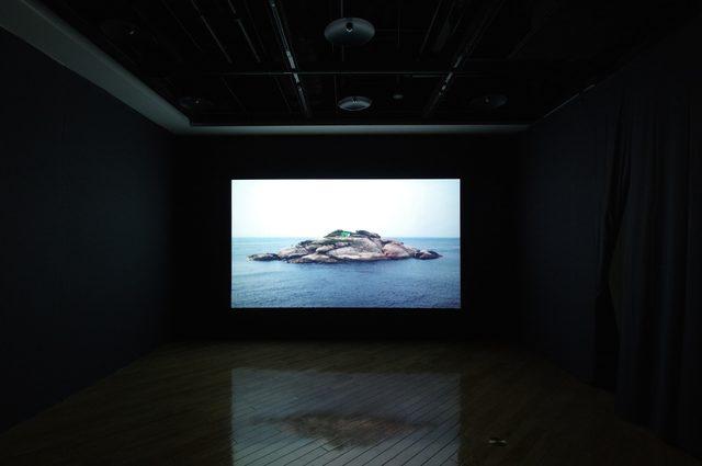 画像2: 「鉄鋼元帥 -亀島 / Marshal Tie Jia - Turtle Island」許家維 2012年  - photo(C)mori hidenobu -cinefil art review