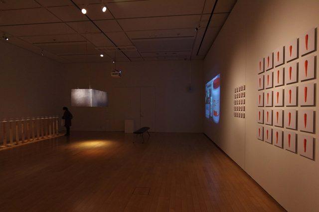 画像: -「human/nature -自然と人工のあいだ」石塚千晃 展示風景-  - photo(C)mori hidenobu -cinefil art review