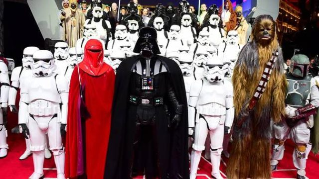 画像: Star Wars premiere: Carrie Fisher makes Oscars plea - Independent.ie