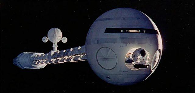 画像: 『2001年宇宙の旅』から、ディスカバリー号