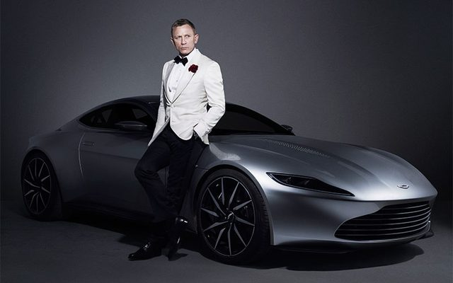 画像: http://www.christies.com/features/James-Bond-Spectre-the-auction-6986-1.aspx