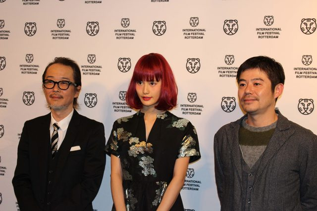 画像: 坪田監督、リリー・フランキー、橋本愛