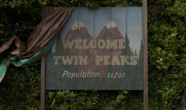 画像: Twin Peaks | Now in Production | Coming to SHOWTIME in 2017 youtu.be