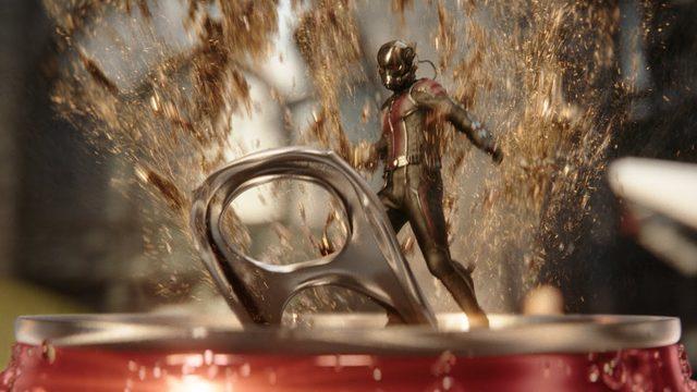 画像: Coca-Cola: Coke Mini (Hulk vs. Ant-Man) youtu.be