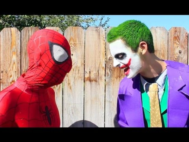 画像: Joker vs Spiderman - Real Life Superhero Battle! Death Match Fight youtu.be