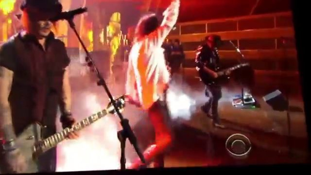 画像: The Hollywood Vampires at the Grammy's Awards 2016 youtu.be