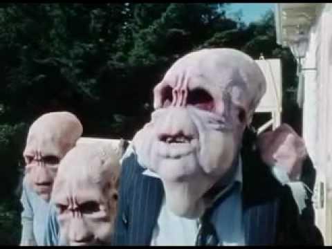 画像: Bad Taste (1987) Trailer. youtu.be