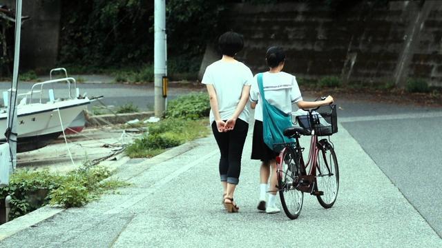 画像: 『お姉ちゃんは鯨』 卒業制作展予告 youtu.be